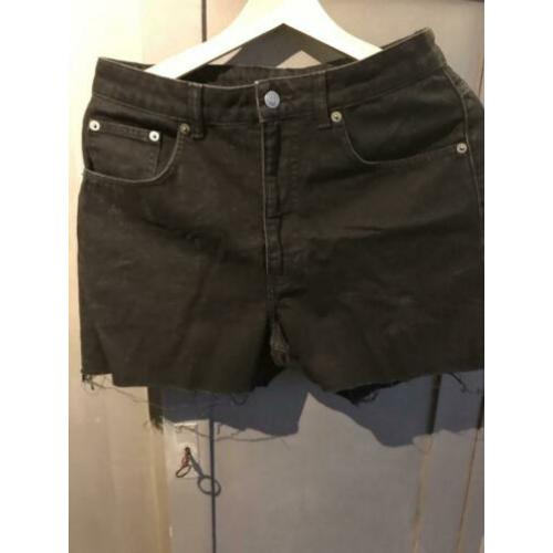 Cheap monday short jeans zwart maat 30