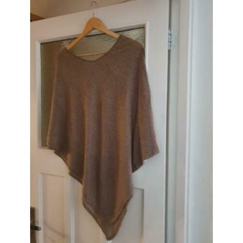 Luxe zachte cashmere poncho / overslagdoek